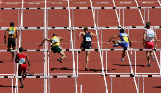 男子110mハードルと女子100mハードルの世界記録のタイムは何秒?